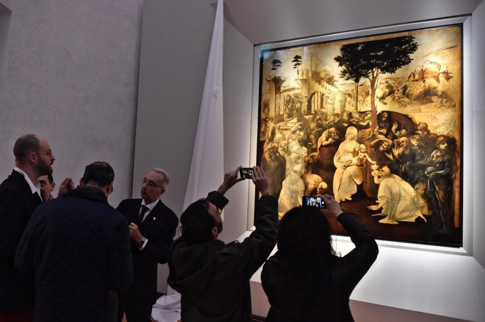 LEONARDO'S MAGIC COSMOS: the restored Adoration of the Magi